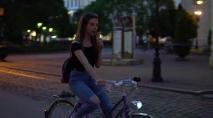 Cvičenie č. 9 Mesto. Cyklisti. Zuzana Šimkaninová